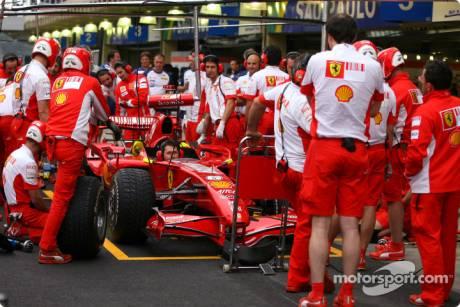 Scuderia Ferrari pitstoppractice