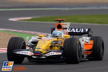 Fernando Alonso in the Renault