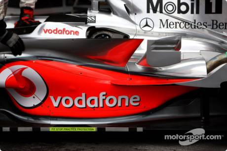 McLaren Mercedes (MP4-23), Detail