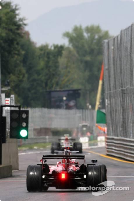 Sebastian Vettel, Scuderia Toro Rosso (STR03)