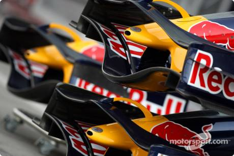 Red Bull Racing, Front Wings