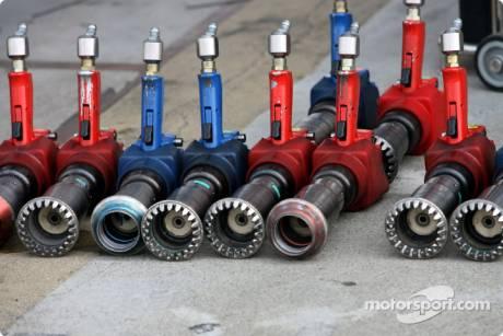 Wheel Guns