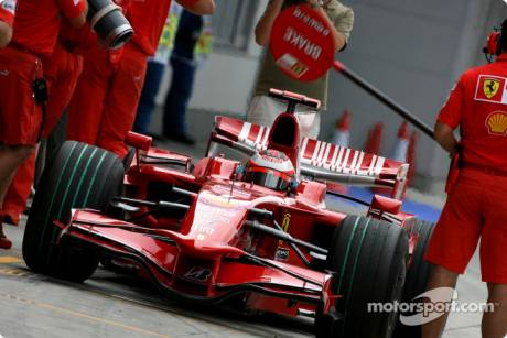 Scuderia Ferrari, return to using Lolipop