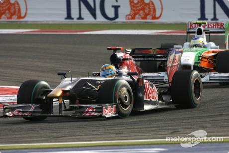 Sébastien Bourdais, Scuderia Toro Rosso (STR04)