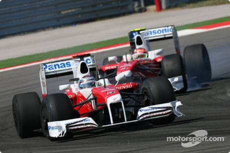 Jarno Trulli (Toyota F1 Team, TF109) and Timo Glock (Toyota F1 Team, TF109)