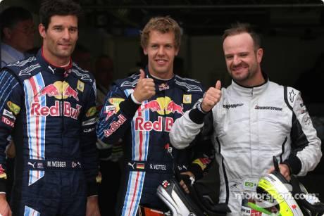 Pole winner Sebastian Vettel (Red Bull Racing), second place Rubens Barrichello (Brawn GP F1 Team), third place Mark Webber (Red Bull Racing)