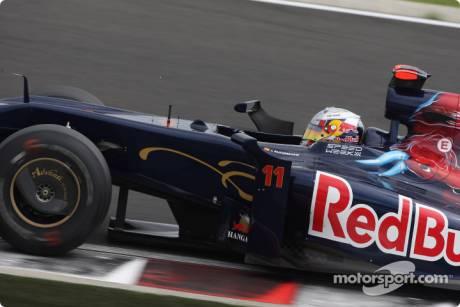 Jaime Alguersuari, Scuderia Toro Rosso, STR04