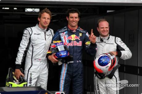 Pole winner Mark Webber (Red Bull Racing) with second place Rubens Barrichello (Brawn GP F1 Team) and third place Jenson Button (Brawn GP F1 Team)