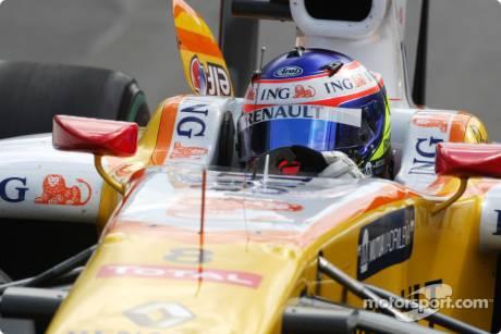 Romain Grosjean, Renault F1 Team, R29