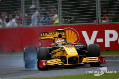 Vitaly Petrov (Renault F1 Team, R30)