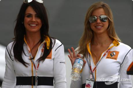 Renault Girls