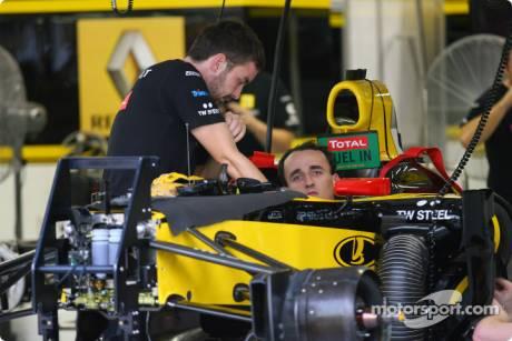 Renault F1 Team, R30, Robert Kubica