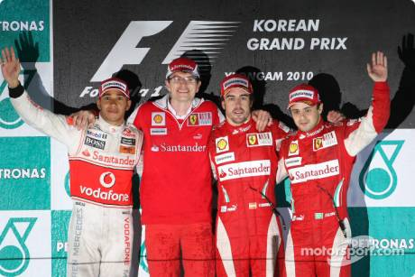 Podium : Race Winner Fernando Alonso (Scuderia Ferrari), Second Place Lewis Hamilton (McLaren Mercedes), Third Place Felipe Massa (Scuderia Ferrari) and Chris Dyer (Scuderia Ferrari)