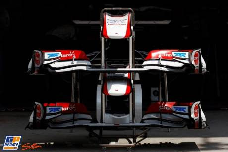 Front wings of Sauber C30