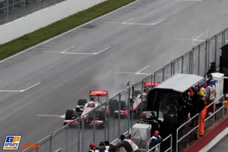 The accident between Jenson Button and Lewis Hamilton, McLaren Mercedes, MP4-26
