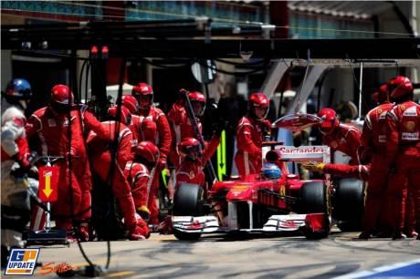 Fernando Alonso, Scuderia Ferrari, 150 Italia, Pit Stop