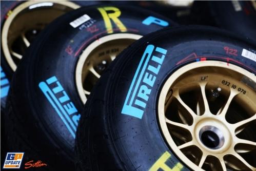 Pirelli Intermediate Rain Tyres
