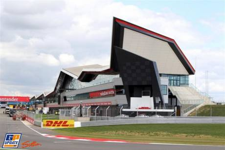 The new Pit Complex on Silverstone Circuit