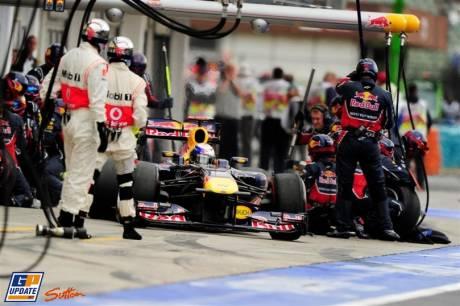 Sebastian Vettel, Red Bull Racing, RB7, Pit Stop