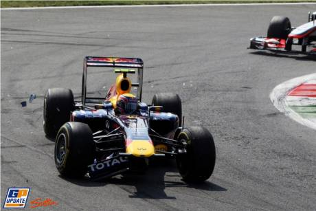 Mark Webber (Red Bull Racing) lost his Front Wing after a collision with another driver