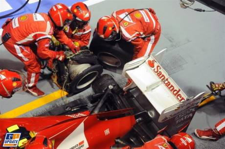 Rear Tyre Change for Felipe Massa, Scuderia Ferrari, 150 Italia