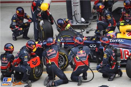 Pit Stop for Mark Webber, Red Bull Racing, RB7