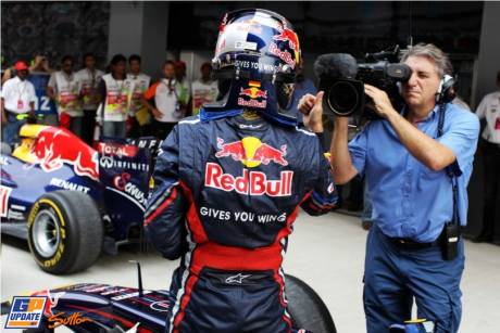 Sebastian Vettel (Red Bull Racing) takes Pole Position