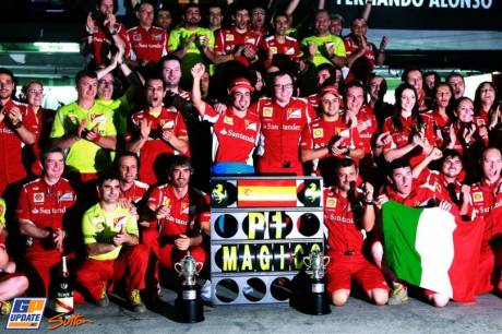 Scuderia Ferrari celebrates Race Winner Fernando Alonso