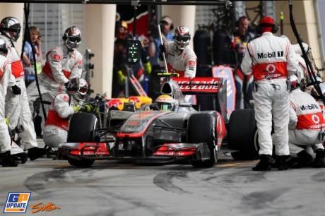 Pit Stop for Lewis Hamilton, McLaren Mercedes, MP4-27