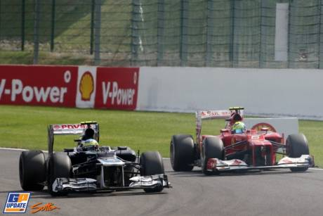 Bruno Senna (Williams F1 Team, FW34) and Felipe Massa (Scuderia Ferrari, F2012)