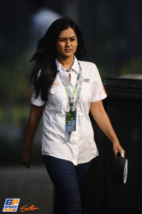 A Girl working for the Force India F1 Team