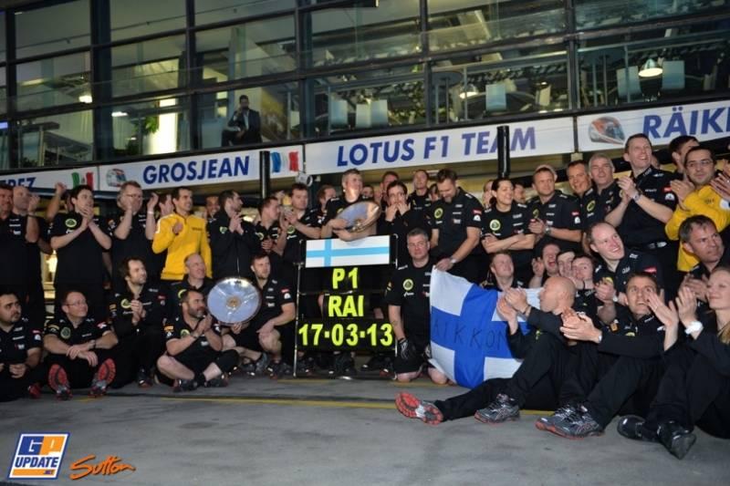 Lotus F1 Team celebrating the Race Win of Kimi Räikkönen