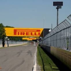 A Straight on the Circuit Gilles Villeneuve