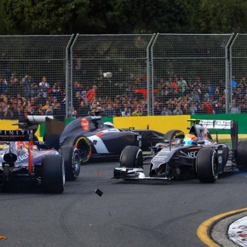 Adrian Sutil and Esteban Gutiérrez (Sauber F1 Team, C33) and Sebastian Vettel (Red Bull Racing, RB10)