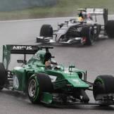 Kamui Kobayashi (Caterham F1 Team, CT04) and Esteban Gutierrez (Sauber F1 Team, C33)
