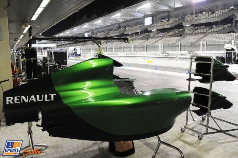 Body Work for the Caterham F1 Team CT04