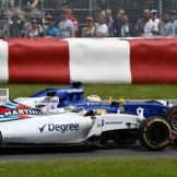 Felipe Massa (Williams F1 Team, FW38) and Marcus Ericsson (Sauber F1 Team, C34)