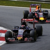 Max Verstappen (Scuderia Toro Rosso, STR10) and Daniil Kvyat (Red Bull Racing, RB11)