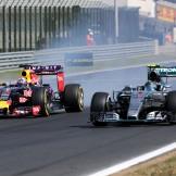 Daniel Ricciardo (Red Bull Racing, RB11) and Nico Rosberg (Mercedes AMG F1 Team, F1 W06 Hybrid)