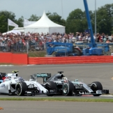 Valtteri Bottas (Williams F1 Team, FW37) and Lewis Hamilton (Mercedes AMG F1 Team, F1 W06 Hybrid)