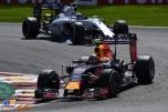 Daniil Kvyat (Red Bull Racing, RB11) and Felipe Massa (Williams F1 Team, FW37)