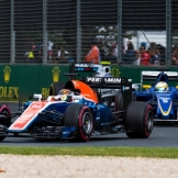Pascal Wehrlein (Manor Racing Team, MRT05) and Marcus Ericsson (Sauber F1 Team, C35)