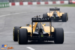Kevin Magnussen and Jolyon Palmer, Renault F1 Team, RS16