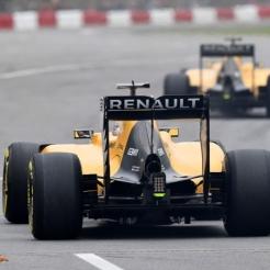 Kevin Magnussen and Jolyon Palmer, Renault F1 Team, RS16