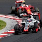 Romain Grosjean (Haas F1 Team, VF16) and Kimi Räikkönen (Scuderia Ferrari, SF16-H)