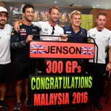 Jenson Button (McLaren Honda) Celebrating his 300 GPs with Fernando Alonso (McLaren Honda), Daniel Ricciardo (Red Bull Racing), Marcus Ericsson (Sauber F1 Team) and Stoffel Vandoorne (McLaren Honda)