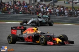 Daniel Ricciardo (Red Bull Racing, RB12) and Nico Rosberg (Mercedes AMG F1 Team, F1 W07 Hybrid)