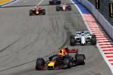 Max Verstappen (Red Bull Racing, RB13) and Felipe Massa (Williams F1 Team, FW40)