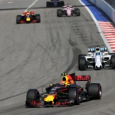 Max Verstappen (Red Bull Racing, RB13) and Felipe Massa (Williams F1 Team, FW40)