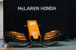 A Front Wing for the McLaren Honda MCL32